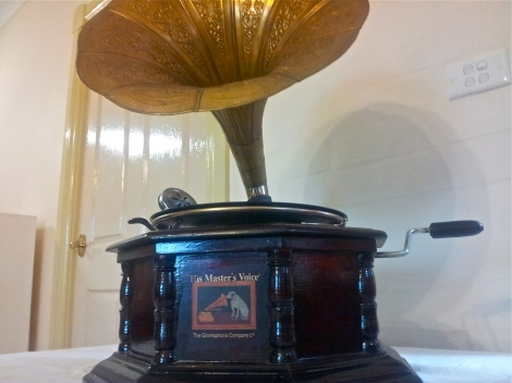 Windup-HMV-gramophone-vintage-and-antique-collectibles-available-in-Canberra-at-the-Lost-and-Found-Office