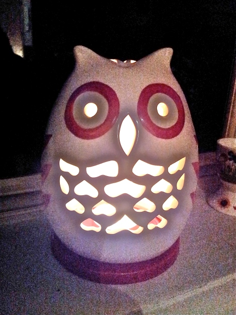 glowing-owl-ceramic-tea-night-light-lamp-vintage-and-antique-collectibles-available-in-Canberra-at-the-Lost-and-Found-Office
