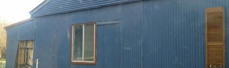 old-farm-barn-in-Bredbo-NSW-in-need-of-renovation